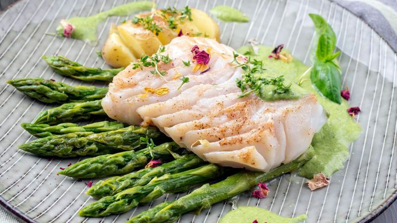merluza con verduras Meson 239 Tudela de Duero